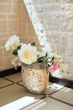 peony vase αγγειοπλαστικής λο&up στοκ φωτογραφία με δικαίωμα ελεύθερης χρήσης