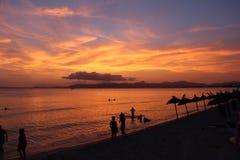Peope, ηλιοβασίλεμα, παραλία και όμορφοι ουρανοί Στοκ Εικόνες