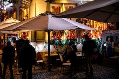 Peopel cafe France search place night Stock Images