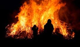 People At Bonfire Royalty Free Stock Photos