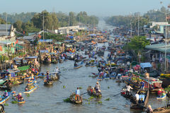 People with boats at the floating market in Ben Tre, Vietnam Royalty Free Stock Photo