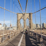 People at Brooklyn Bridge in New York Royalty Free Stock Photos