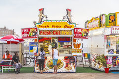People buy fast food at the pier Royalty Free Stock Image
