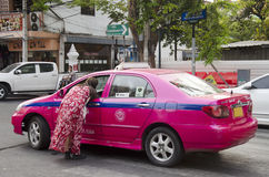 People called and negotiation taxi at Khaosan Road Royalty Free Stock Images