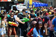 People celebrating Songkran (Thai new year / water festival) Royalty Free Stock Photos