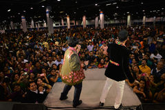 People in Chicago enjoying garba before diwali in Donald E. Stephens Convention Center Royalty Free Stock Photos