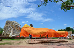 People come to Wat Lokayasutharam Temple for travel and pray Reclining Buddha Stock Images
