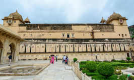 People coming to the Amber Fort in Jaipur, India Stock Photography