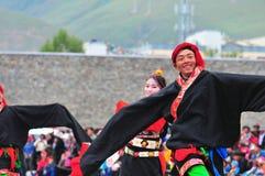 People dance tibetan dance Royalty Free Stock Photography