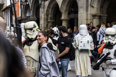 People disguised in Star Wars costumes Royalty Free Stock Images