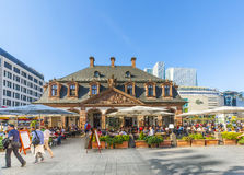 people enjoy the sunny day in Frankfurt at cafe Hauptwache Stock Images