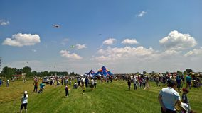 People enjoying the air show Royalty Free Stock Photography