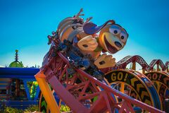 Free People Enjoying Slinky Dog Dash Rollercoaster At Hollywood Studios 157 Stock Photo - 214518240