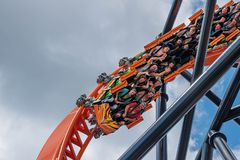 Free People Enjoying Tigris Rollercoaster At Busch Gardens 3 Royalty Free Stock Photography - 150575897