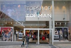 People Entering the Topshop and Topman Store in Bracknell, England Stock Photo