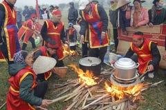 People exam to make round sticky rice cake Royalty Free Stock Photos