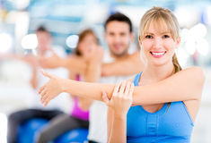 People exercising at the gym Royalty Free Stock Images