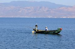 People fishing on Erhai lake, Dali, Yunnan province, China Stock Photo