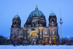 People in front of Berlin Cathedral at dusk Royalty Free Stock Photography
