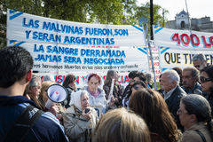 People gathered in a demonstration of the Mothers of the Plaza de Mayo in the Plaza de Mayo Stock Photo
