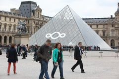 People go to famous Louvre museum on April 27, Royalty Free Stock Images