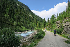 People hiking in the Krimml Achental valley Royalty Free Stock Photography