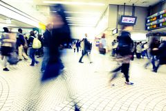 People hurry at Shinagawa Station Royalty Free Stock Photos