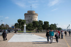 People near White Tower  in Thessaloniki. Greece Royalty Free Stock Photos
