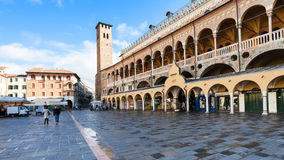 People and Palazzo della Ragione in Padua Royalty Free Stock Photography