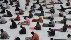 People pray tarawih in the month of Ramadan