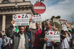 People protesting against Gaza strip bombing in Milan, Italy Stock Photography