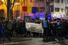 People protesting in Bucharest against the government Royalty Free Stock Photos