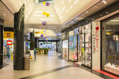 People Shopping In Luxury Shopping Mall Royalty Free Stock Photos
