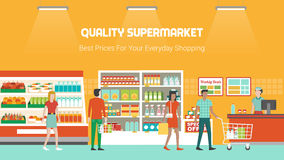 People shopping at supermarket Royalty Free Stock Photography