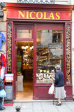 People shopping on a wineshop of Paris Royalty Free Stock Photography