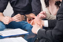 People signing a document Royalty Free Stock Photography