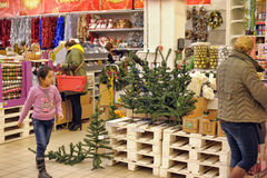 People in the store to buy Christmas decorations Stock Image