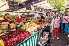 People visit farmers market in Chaillot, Paris Stock Photos