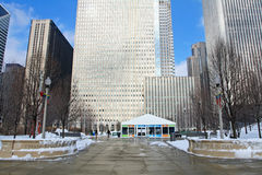 People visit Millenium park at winter Royalty Free Stock Photography