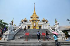 People visit Wat Traimit Royalty Free Stock Photo