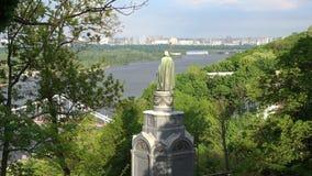 Vladimir Hill in Kiev. Zoom in stock video footage