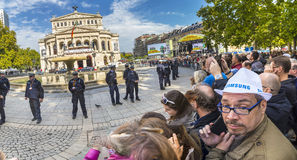 People waiting for the politicians in front of old opera house i Royalty Free Stock Photography