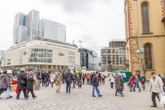 People walking in the Hauptwache plaza in Frankfurt Stock Photography