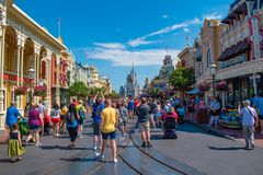 Free People Walking In Main Stree  On Magic Kingdom At Walt Disney World Resort  2 Stock Photo - 148734360