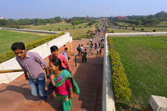 People walking to Lotus temple in New Delhi, India Royalty Free Stock Photos