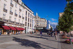 People on warm day at Karl Johans Gate Oslo Royalty Free Stock Photos