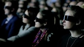 People Watch 3D Cinema