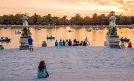People watching sunset in Buen Retiro park Madrid Royalty Free Stock Images