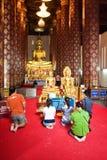 People worshipping in monastery Wat Na Phramane in Ajutthaya Royalty Free Stock Images