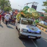Peopleperform in Sihanoukville jaarlijks Carnaval Royalty-vrije Stock Foto's